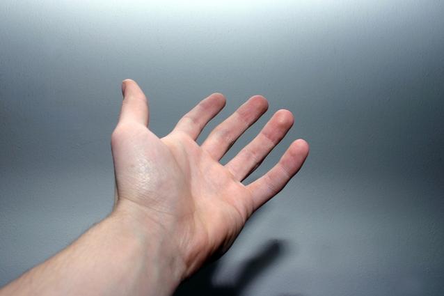 【実録】小さくて醜すぎる足の小指の爪を ...