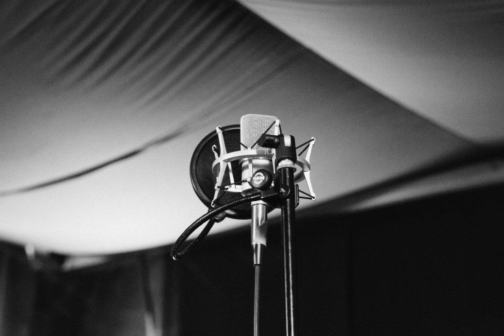 レコーディングスタジオとマイク