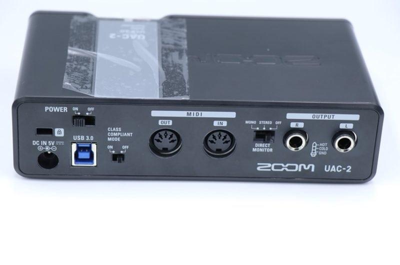 ZOOM UAC-2の背面