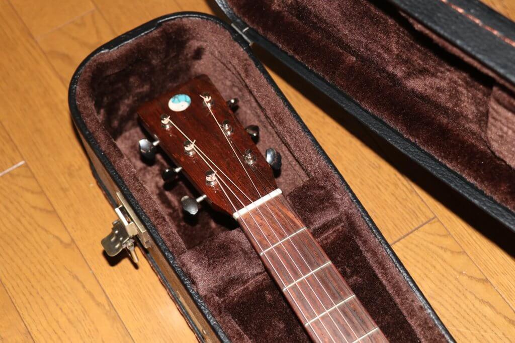 アムリタのギターヘッド