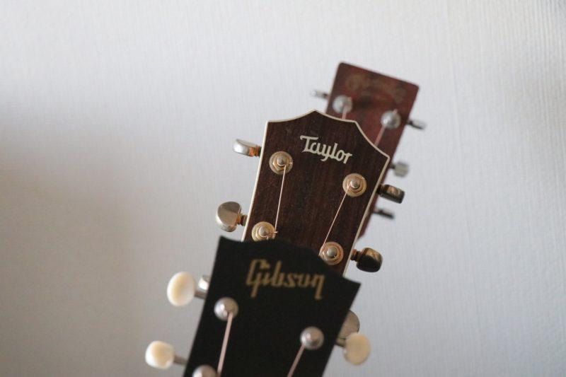 3本のギターヘッド