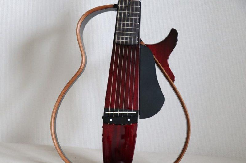 YAMAHA SLG200Sのボディ形状