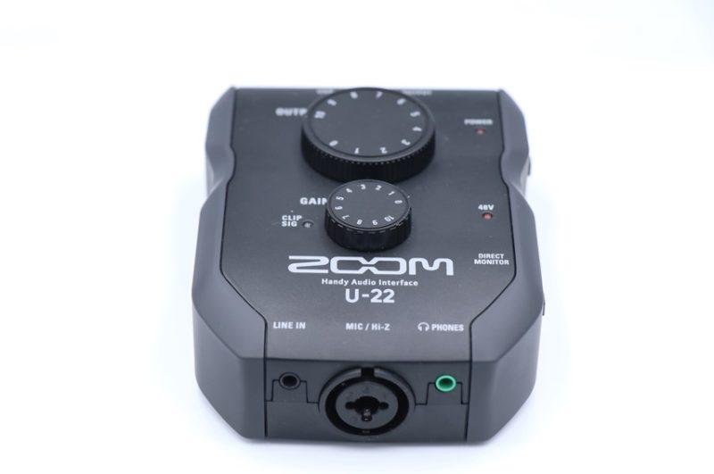 Zoom U-22を正面から撮った写真