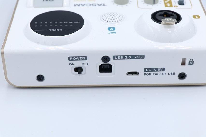 US-32Wの電源端子
