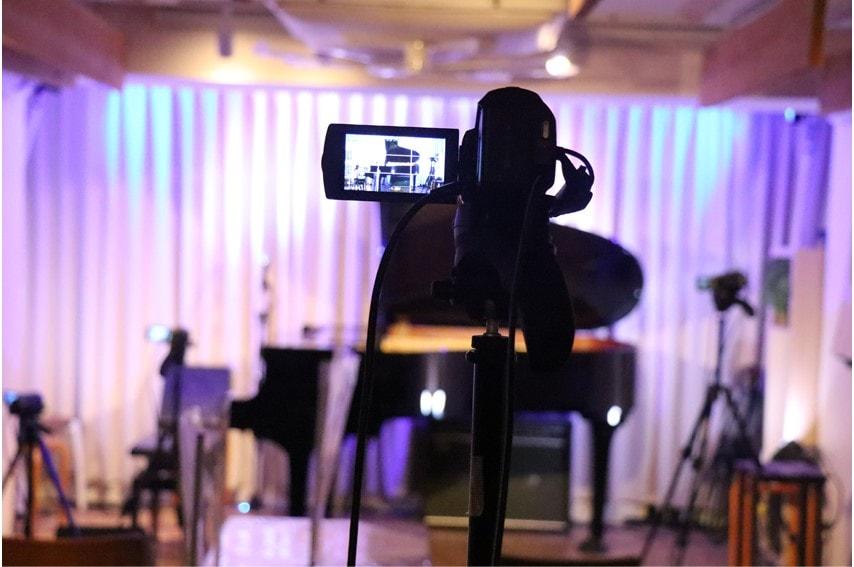 ライブカフェ エクレルシのライブ配信撮影