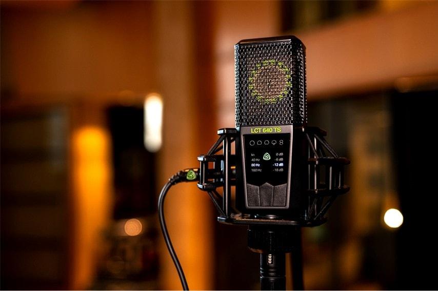 レコーディング用のマイク