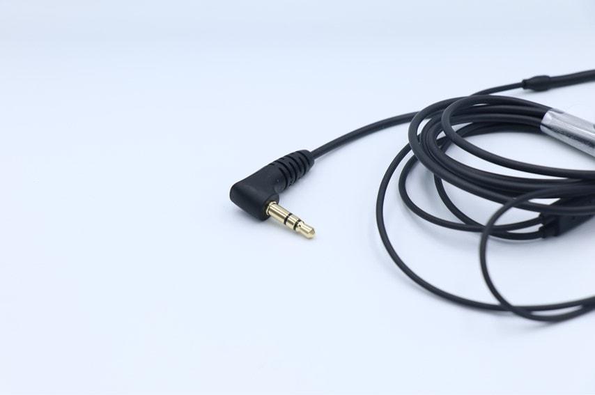 IE40PROの接続端子