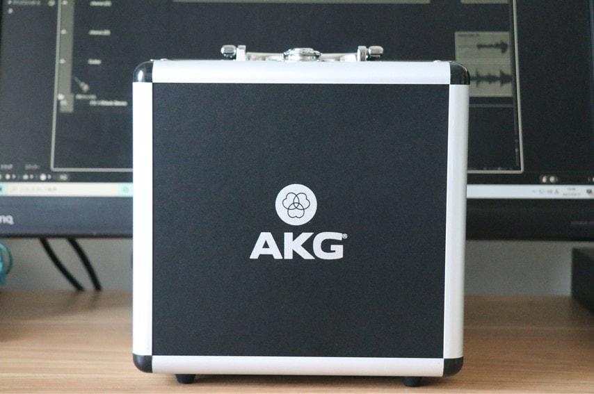 AKG P220付属のケース