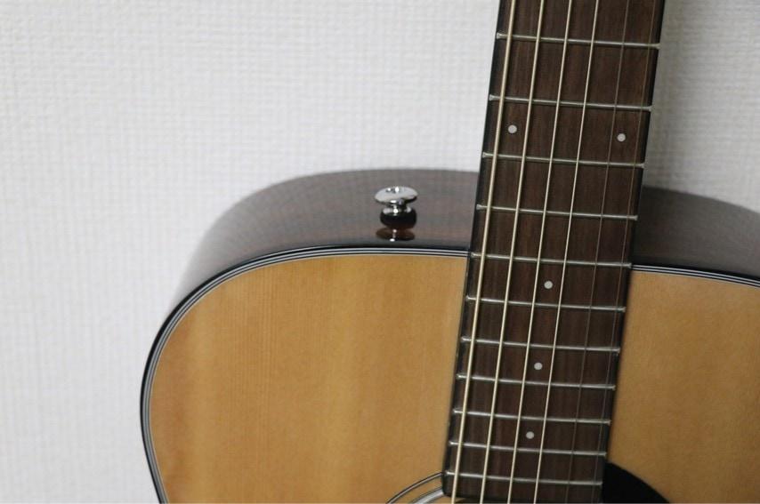 Fender CC-60S Concert ストラップピン
