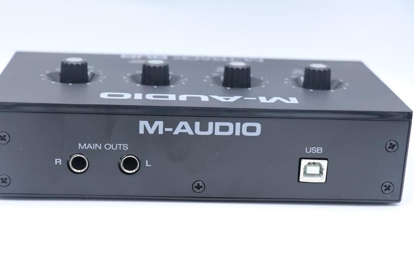 M-Audio M-Track DUOの背面