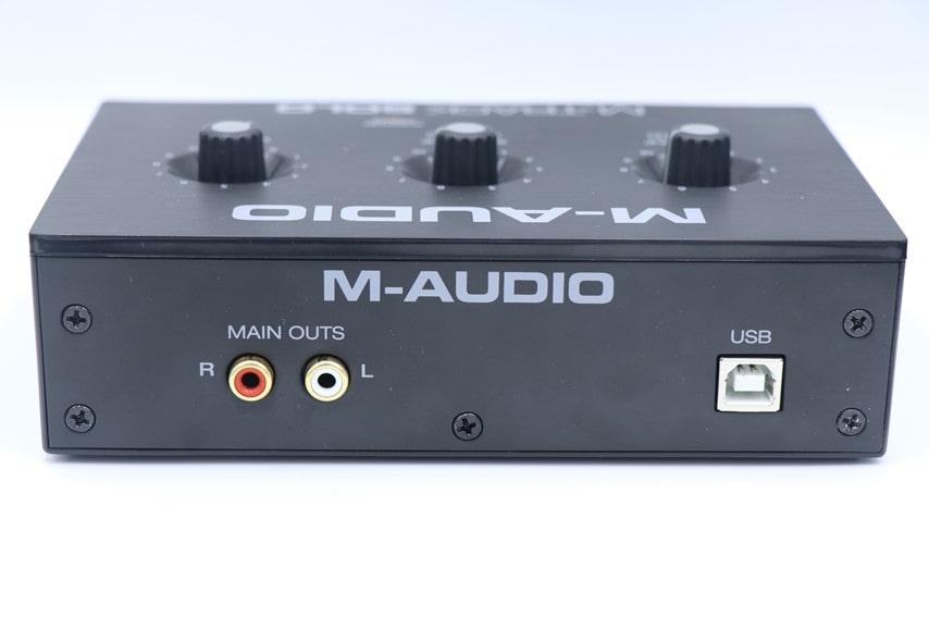M-Audio M-Track soloの背面