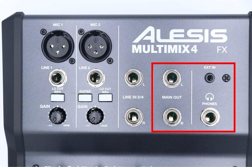 ALESIS MULTIMIX 4 USB FXの出力端子
