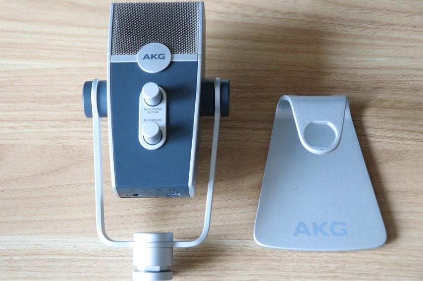 AKG Lyra-Y3本体と台座