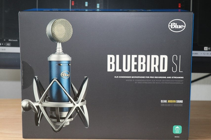 BLUE Blue Birdの外箱