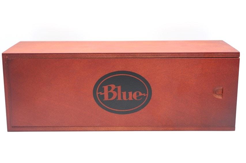 BLUE SPARK SLの木箱